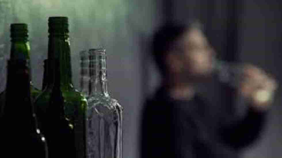 Islamic Prosecutor Asks Death Penalty For Man Drank Alcohol